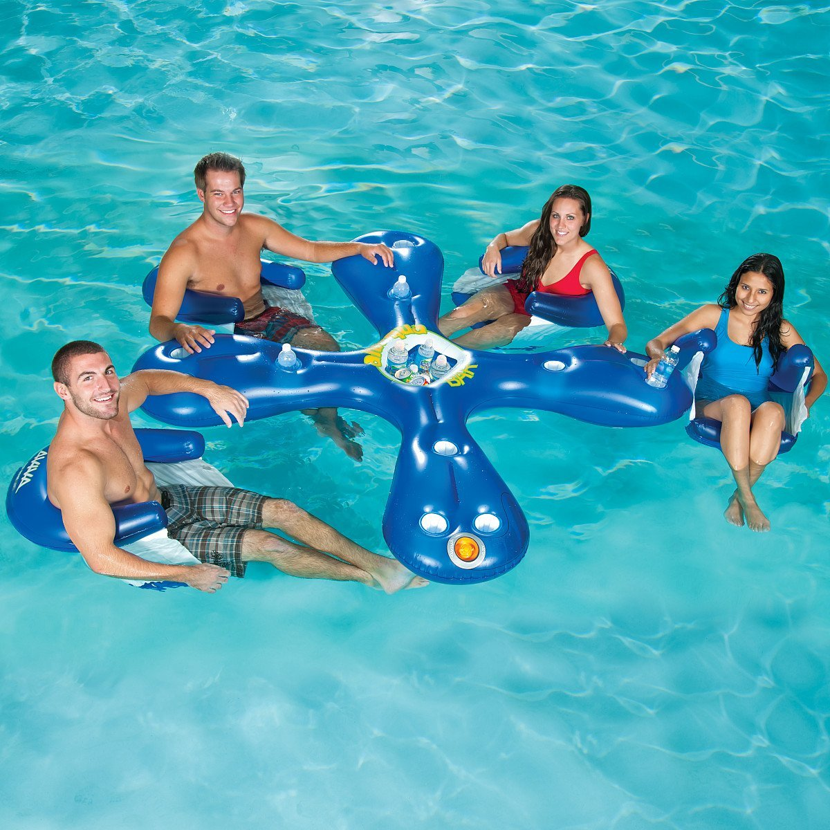 17 of the most ridiculously awesome summer pool floats for Accessoire piscine intex