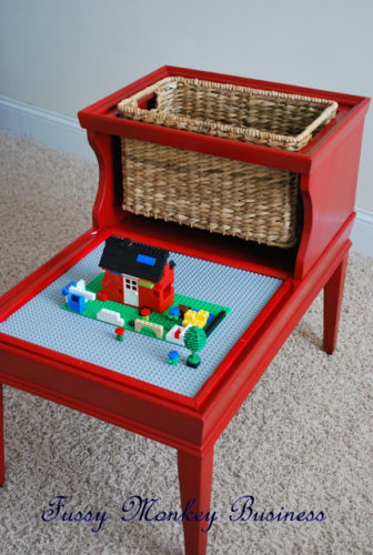 DIY-Retro-Lego-Table