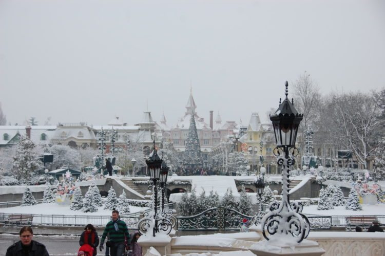 disneyland paris snow photo