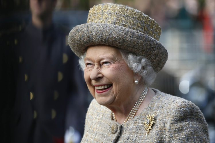 The Queen Opens Flanders Field WW1 Memorial Garden