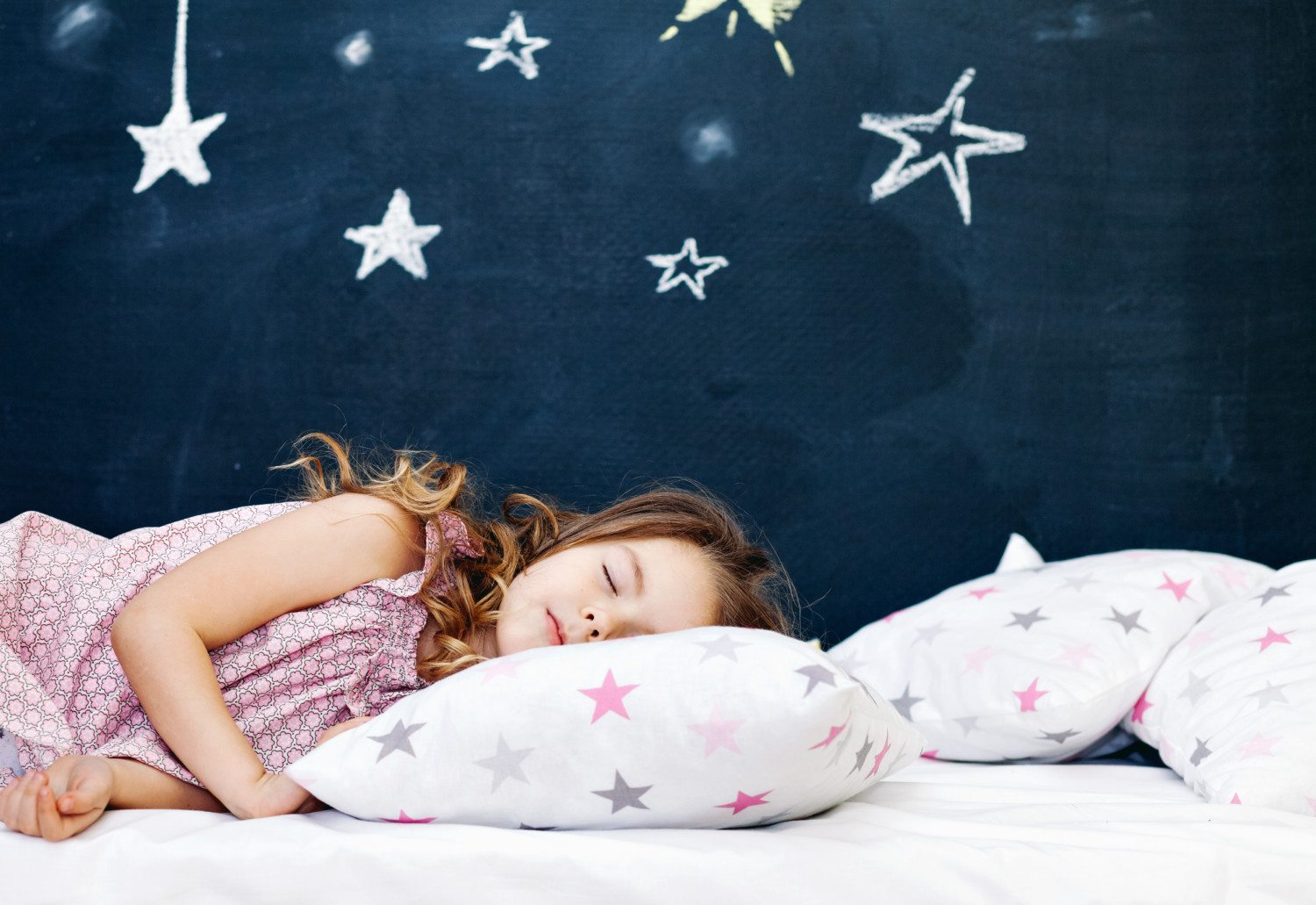 When You Should Put Your Kids To Bed - Simplemost-6301