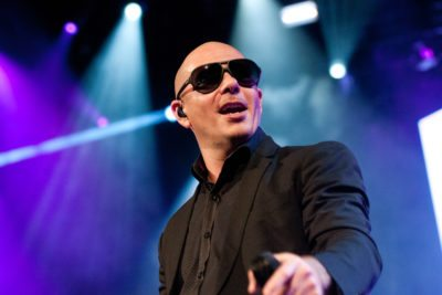 Pitbull With Prince Royce And Jump Smokers In Concert