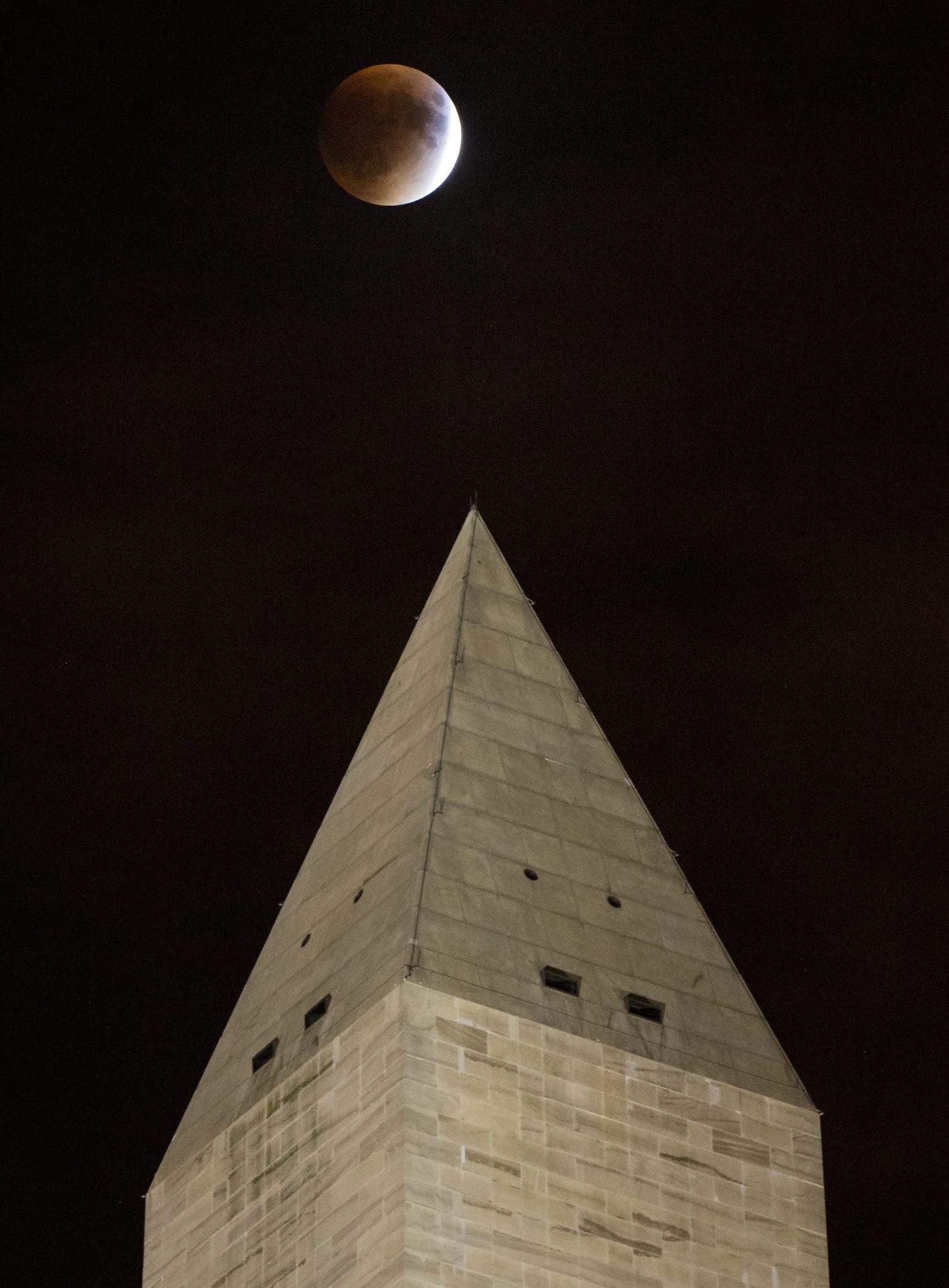 supermoon eclipse photo