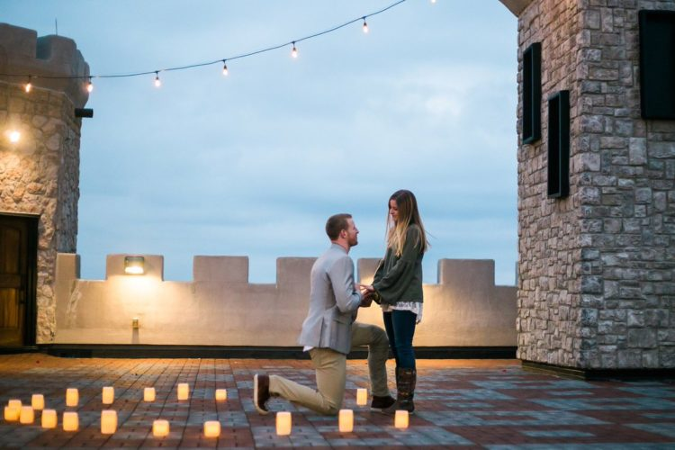 Eagles quarterback Carson Wentz proposes to girlfriend at Kentucky Castle