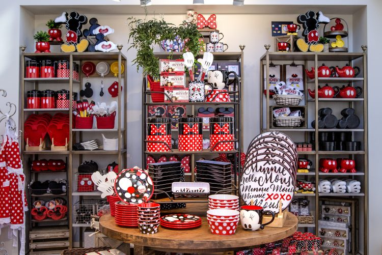 New Disney Home Store Opens At Disneyland - Simplemost on