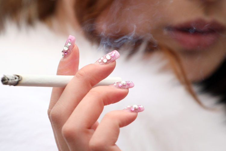 Lung cancer rates on the rise for younger women