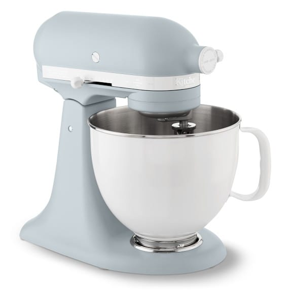 This Retro Kitchenaid Stand Mixer Has A Gorgeous Bowl