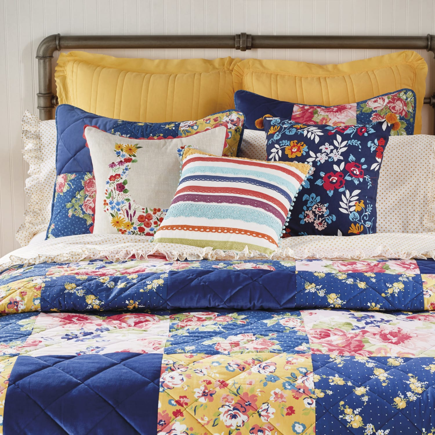 New Fall Bedding Collection From Pioneer Woman Simplemost