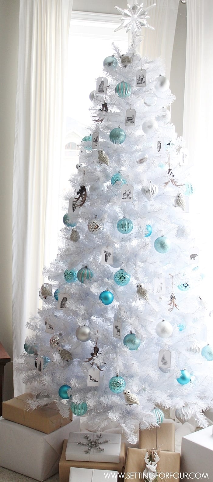 All White Christmas Tree Ideas.Christmas Tree Decoration Ideas That Aren T Boring Simplemost