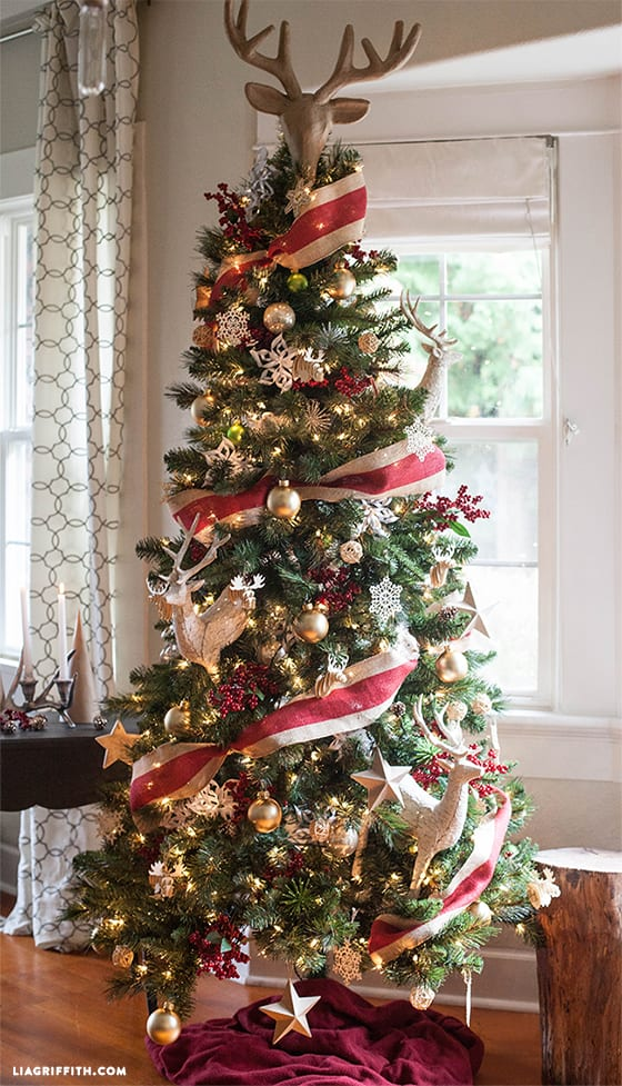 Cool Christmas Trees.Christmas Tree Decoration Ideas That Aren T Boring Simplemost